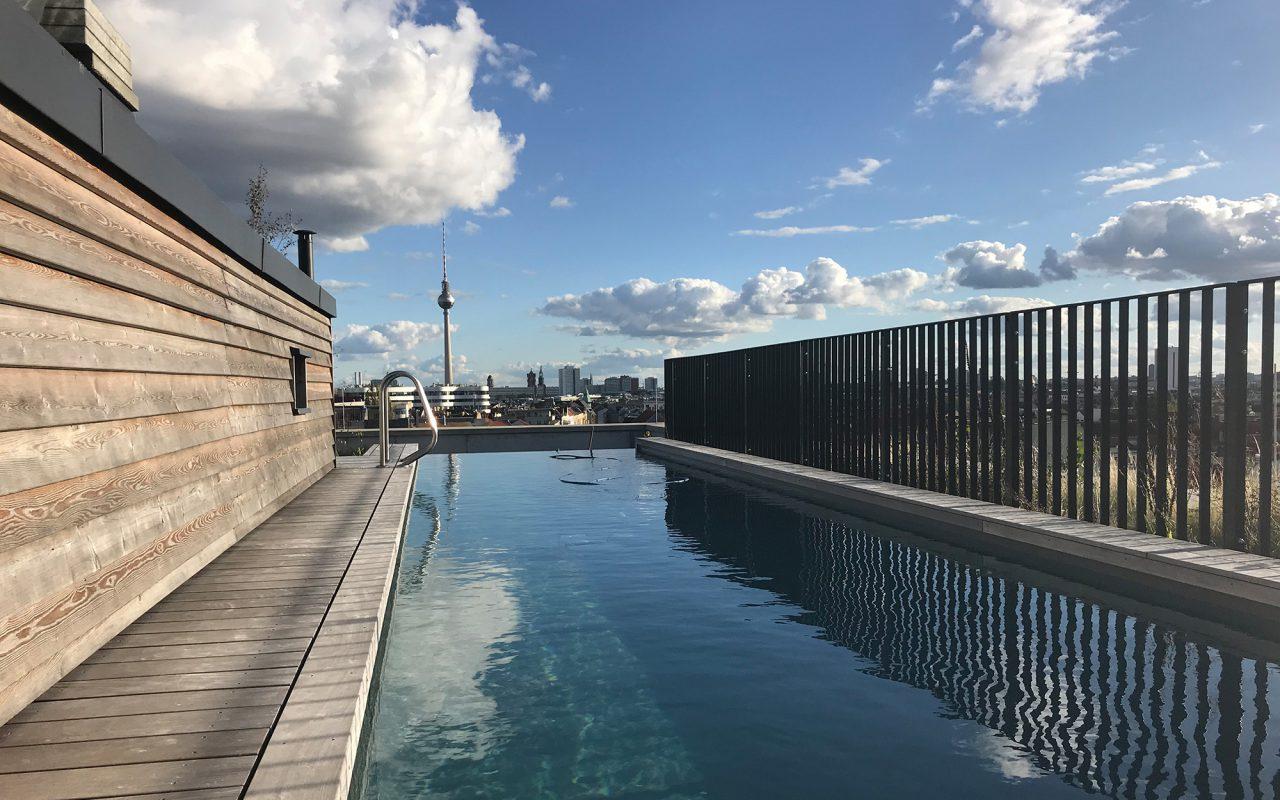 Brunnen49 Pool